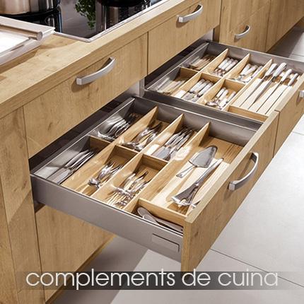 solomat-terrassa-complementos-cocina